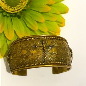 Vintage • gold cuff bracelet with crosses